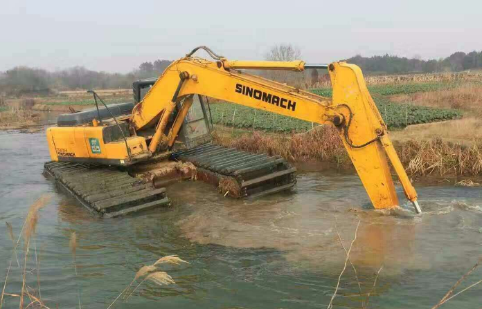 河道清淤设备有哪些 河道清淤设备图片
