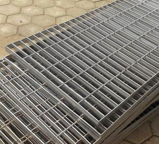钢制脚踏网g100批发 钢制脚踏网g100厂家直销