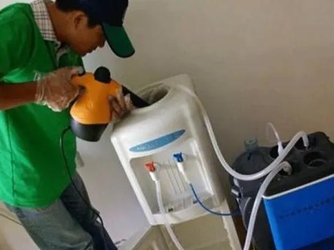 美的饮水机维修电话 美的饮水机维修价格