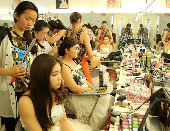 化妆培训学校排行榜 化妆培训学校哪家好
