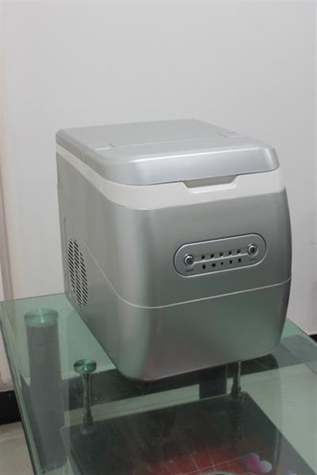 小型制冰机多少钱一台 小型制冰机价格