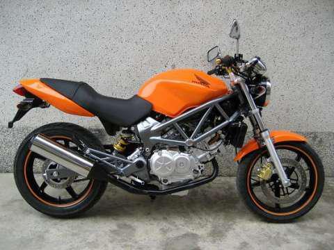 本田vtr250摩托车报价 本田vtr250摩托车图片