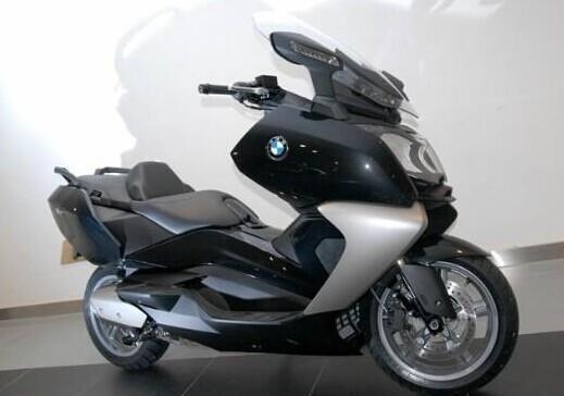 踏板摩托车价格及图片 踏板摩托车价格表